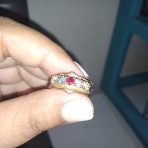 Jewelry - 10k BIRTHSTONE RING